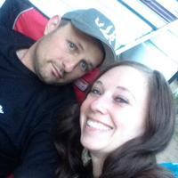 Melanie E's profile picture